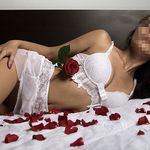 Julia escort girl Milano